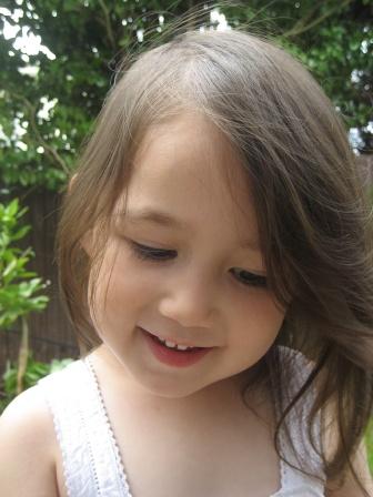น้องเจสซี่ 2 ขวบ 8 เดือน (ลูกครึ่งไทย-นิวซีแลนด์)